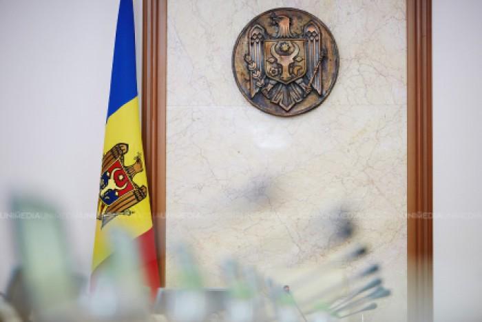 Şapte secretari generali de stat în cadrul ministerelor au promovat concursul pentru ocuparea funcțiilor publice