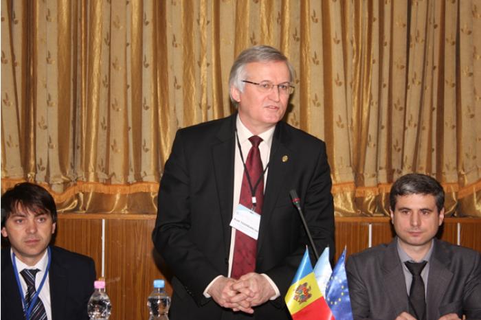 120 de specialiști din toată țara întruniți la seminarul DISCUS organizat de Institutul de Dezvoltare a Societății Informaționale al AȘM