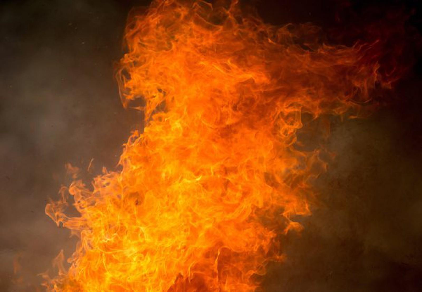17 intervenții ale pompierilor la lichidarea focarelor de vegetație aprinsă: În total aceștia au stins 30 de ha