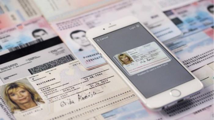 Țara care le va permite şoferilor să deţină permise de conducere digitale