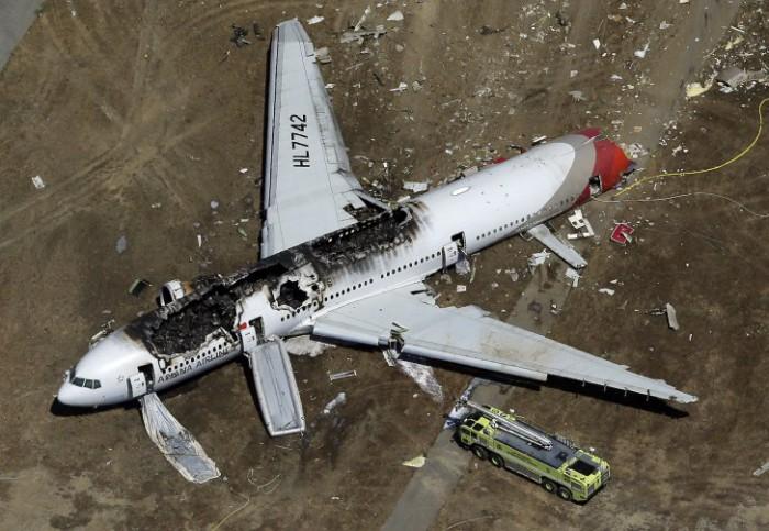 A căzut din avion, dar a rămas în viață. Apoi, au început să i se întâmple lucruri înfricoșătoare
