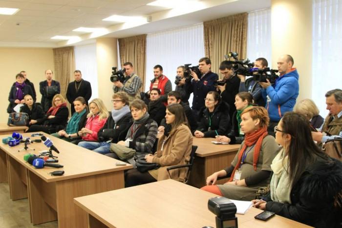 Accesul presei în sala plenului Parlamentului, sub semnul întrebării