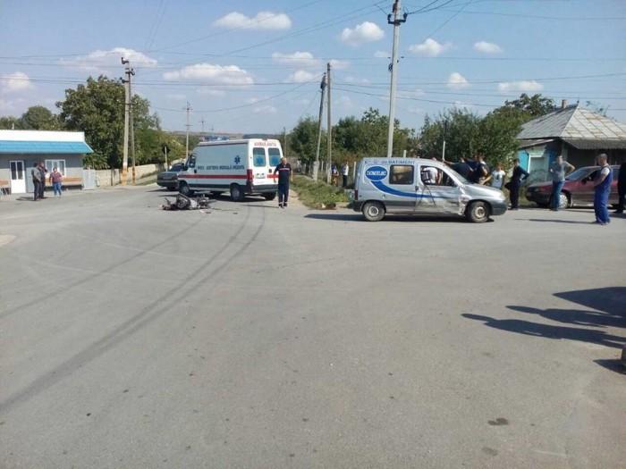 (foto) Accident grav în Briceni: Un motociclist în vârstă de 15 ani, spitalizat în stare gravă