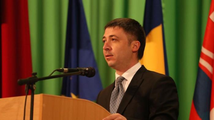 Alte două persoane au fost reținute în dosarul fostului președinte al raionului Criuleni. Este vorba de fostul vicepreședinte și șoferul lui Rotaru