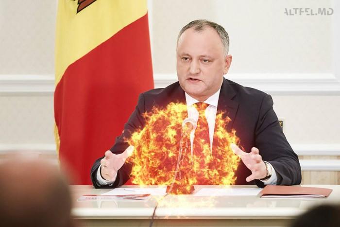 (#altfel) Un an de când Igor Dodon a devenit președinte. Un rezumat în meme-uri