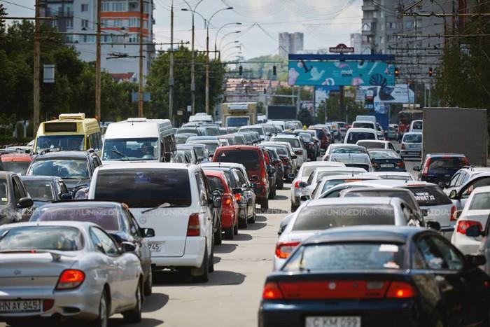 Ambuteiaje în Chișinău la această oră. Cum se circulă și ce străzi trebuie să evitați
