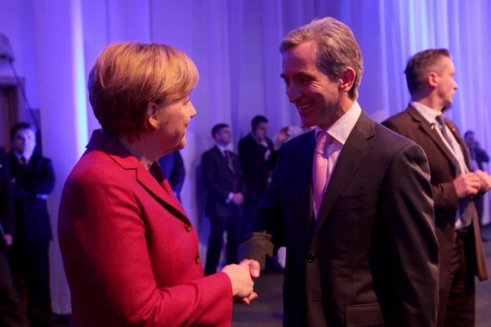 Angela Merkel i-a făcut premierului Leancă o invitație