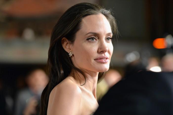 Angelina Jolie mărturisește că nu există nimic bun în a fi singură