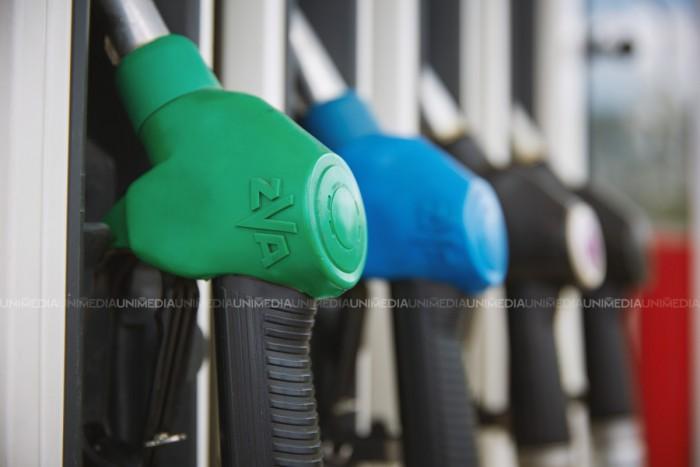 Benzina s-a ieftinit, motorina s-a scumpit. ANRE a stabilit noi prețuri pentru carburanți