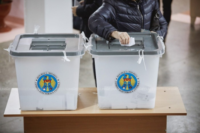 Azi e ultima zi în care chișinăuienii se pot înregistra pentru a participa la referendum. Ce trebuie să facă