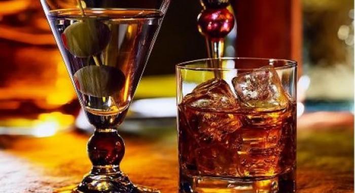 Băutura care va înlocui alcoolul: te îmbată, dar nu-ţi dă mahmureală