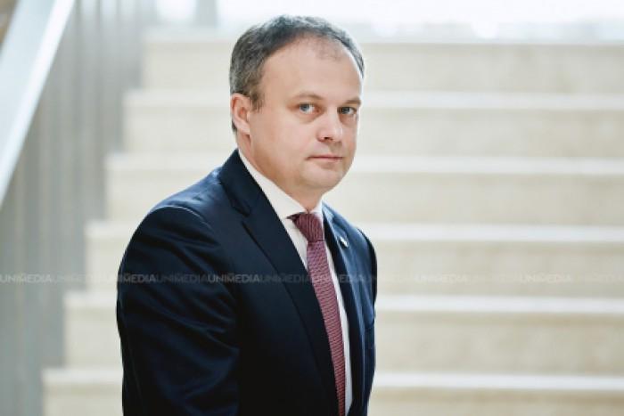 """Candu, despre propunerea liberalilor de a-l suspenda din funcție pe Dodon: """"E mult mai complicat decât să faci o acțiune de PR precum au făcut-o colegii noștri din PL"""""""