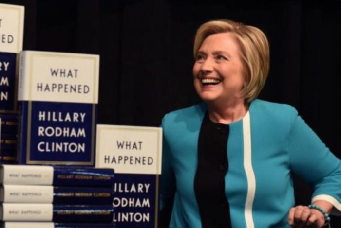 Cartea lui Hillary Clinton despre pierderea alegerilor din 2016 devine bestseller