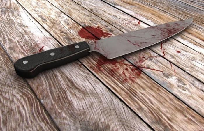 Caz oripilant în capitală: O mamă în vârstă de 36 de ani și-a înjunghiat copiii de 1 an și, respectiv, 12 ani, apoi și-a tăiat venele