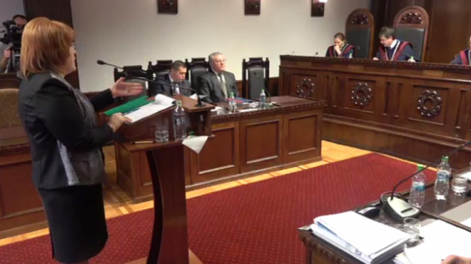 CC a declarat neconstituțională verificarea judecătorilor de catre SIS, ceea ce îi oferă căștig de cauză Domnicăi Manole