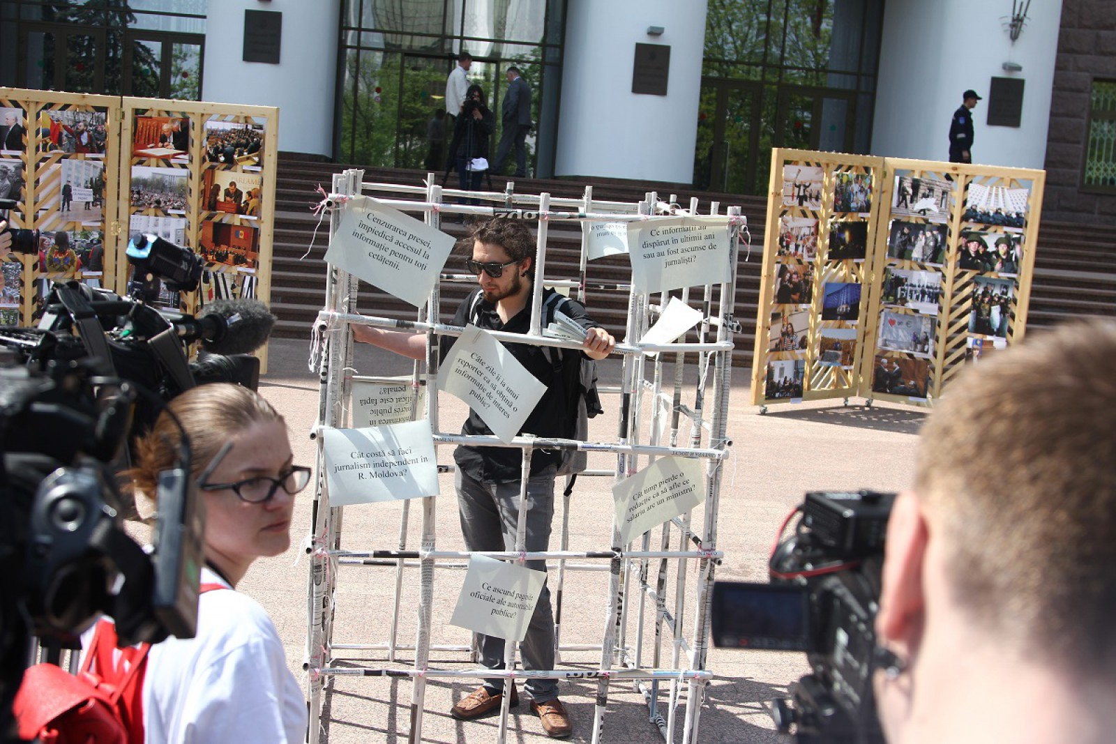 Ce înseamnă o presă parțial liberă pentru Republica Moldova