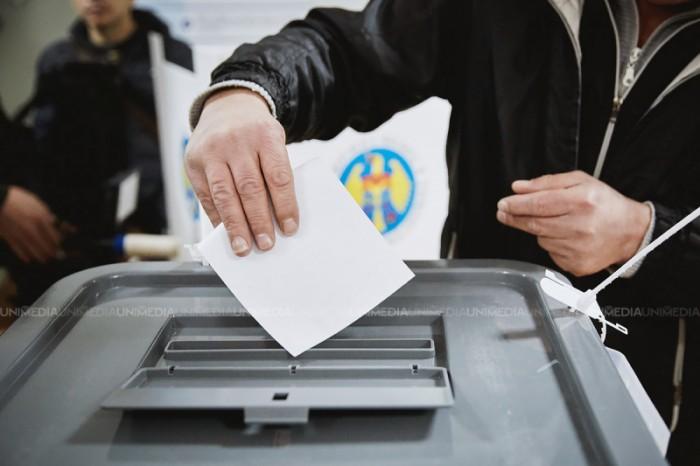CEC a decis: Referendumul de demitere a lui Chirtoacă va avea loc peste două luni