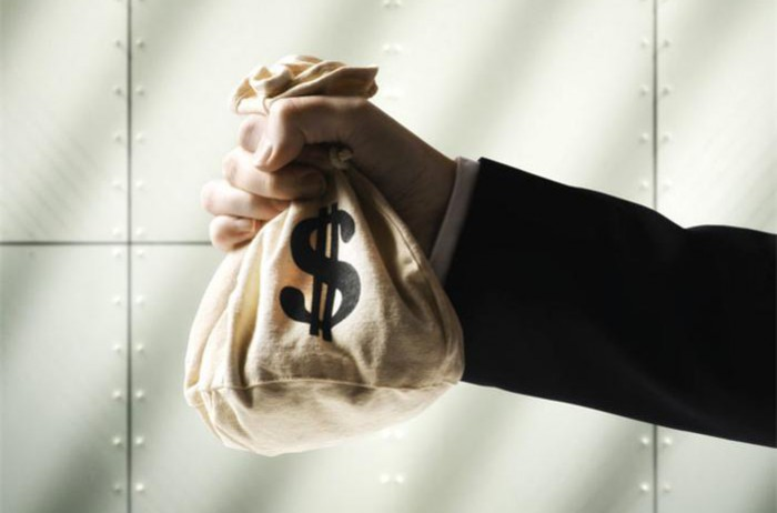 Cei 12 oameni care au făcut cei mai mulţi bani în 2016