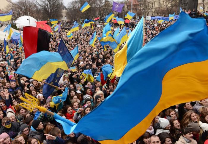 Comisia Europeană oferă Ucrainei un împrumut de 600 de milioane de euro