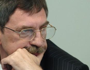 (audio) Comuniștii îl propun pe Leonid Talmaci  la funcția de președinte