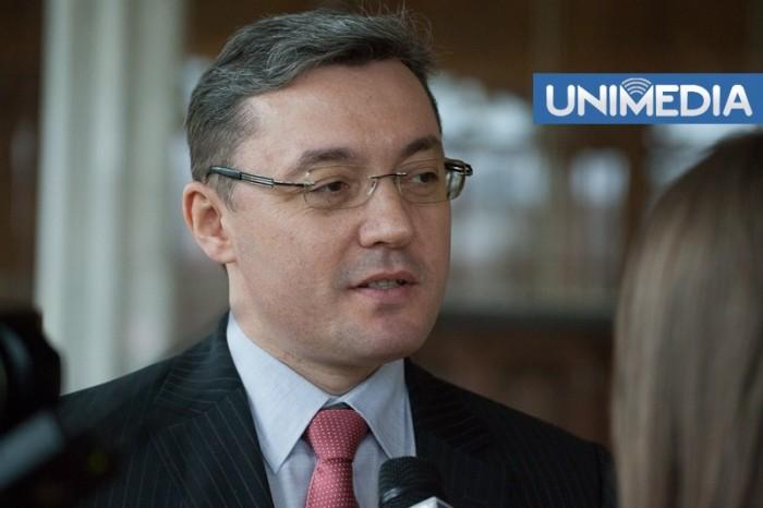 Corman comentează declarațiile lui Băsescu: Miroase a naftalină