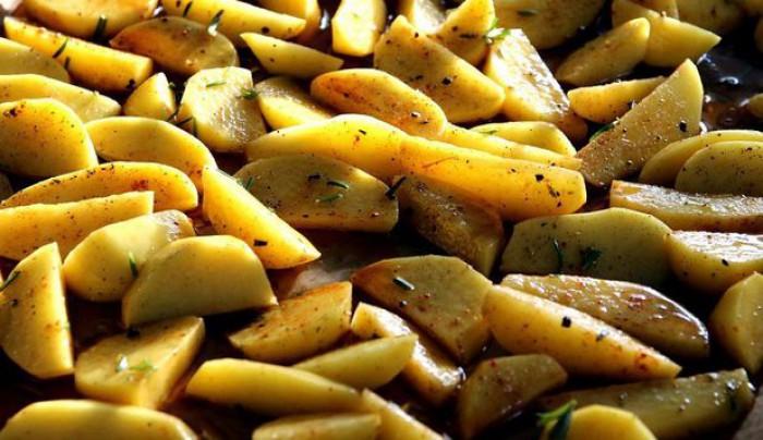Cum te pot ajuta cartofii să slăbești