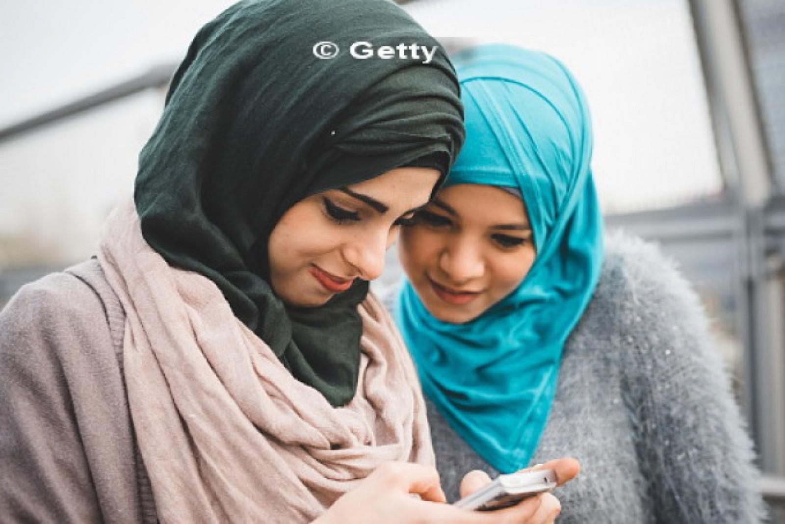 """Danemarca vrea să interzică vălul islamic: """"E incompatibil cu valorile noastre"""""""
