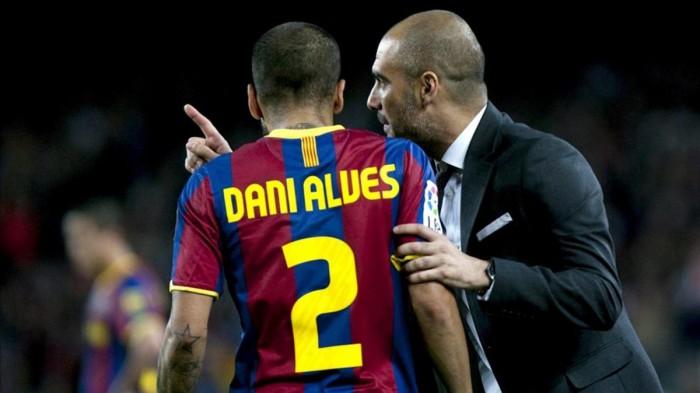 Dani Alves ar putea evolua din noul sezon la Manchester City. Echipa lui Pep Guardiola are nevoie de un fundaș dreapta