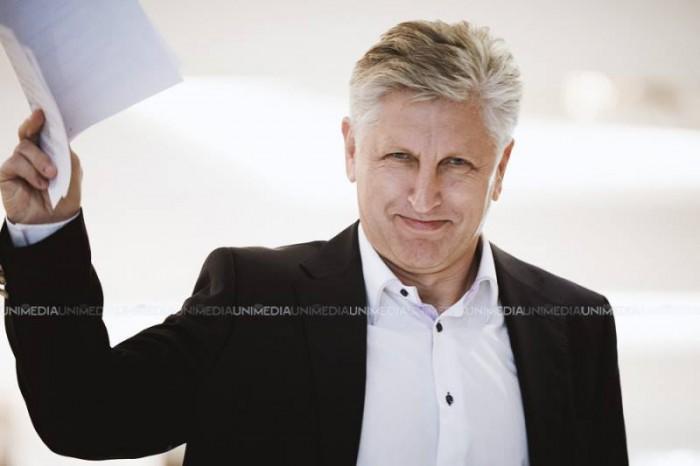 Viorel Cibotaru: Deputatul din partea PD Nicolae Juravschi ar fi înmânat cereri de aderare la partid unor primari și consilieri din Căușeni