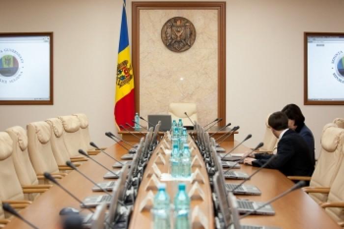 Detalii: Nume noi în viitorul Cabinet de miniștri