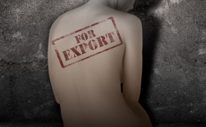 Disperați după oportunități de trai mai bune, moldovenii devin principalele ținte pentru traficanții de persoane