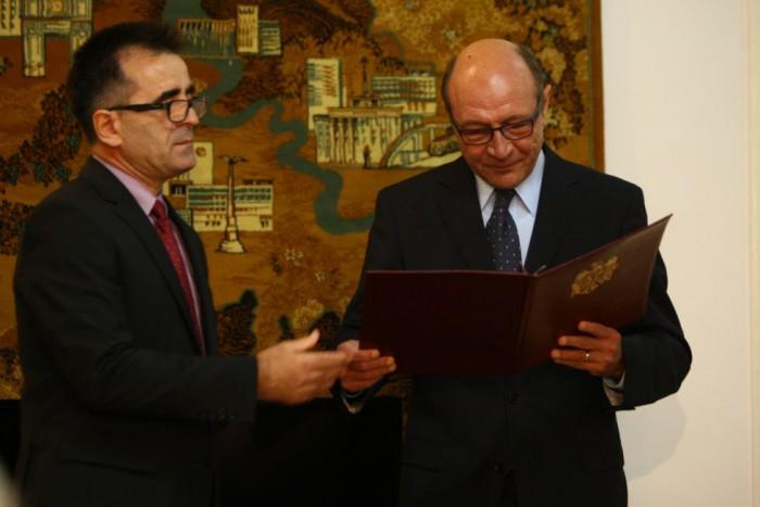 Dodon va cere revocarea ambasadorului RM de la București: A cam uitat cărui stat servește