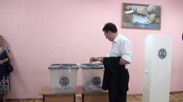 (video) Dorin Chirtoacă și-a exercitat dreptul la vot: Să ducem lucrurile pornite până la capăt