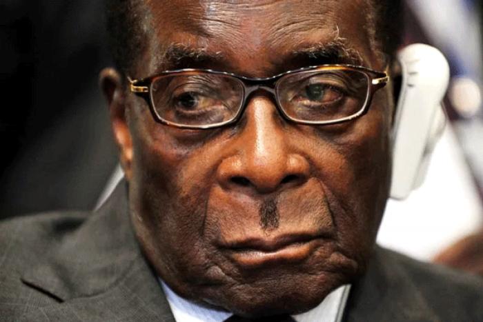 (video) E oficial. Robert Mugabe și-a dat demisia din funcția de președinte Zimbabwe după 37 de ani