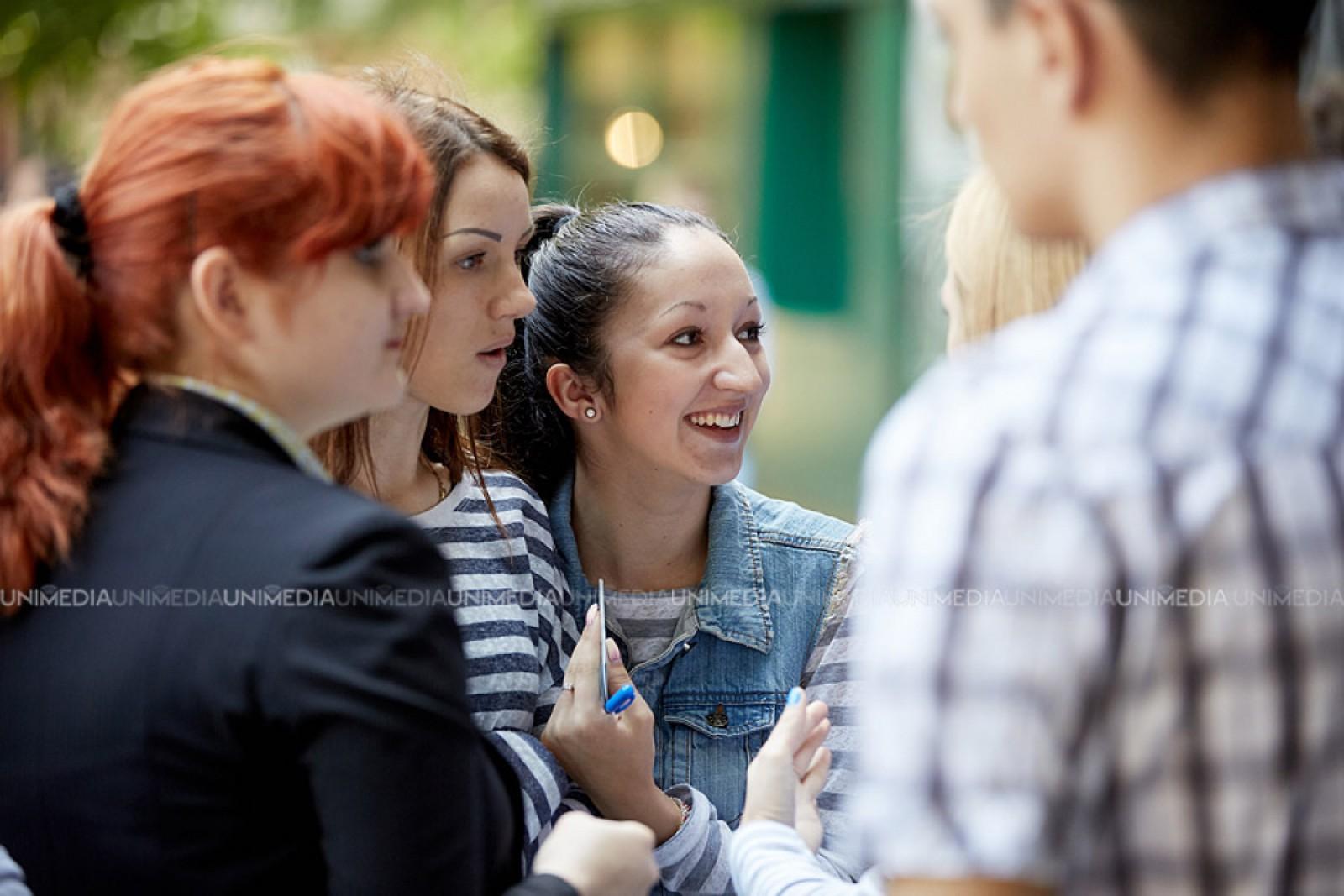 """Elevii moldoveni din diaspora pot participa la Concursul """"Moșternire"""", ediția XXV"""