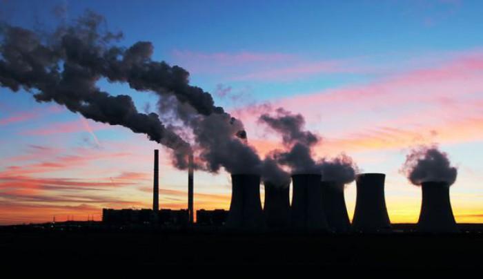 """Emisiile de carbon din cauza combustibililor fosili vor atinge un nou maxim în 2017. Avertismentul cercetătorilor: """"Rămânem fără timp"""""""