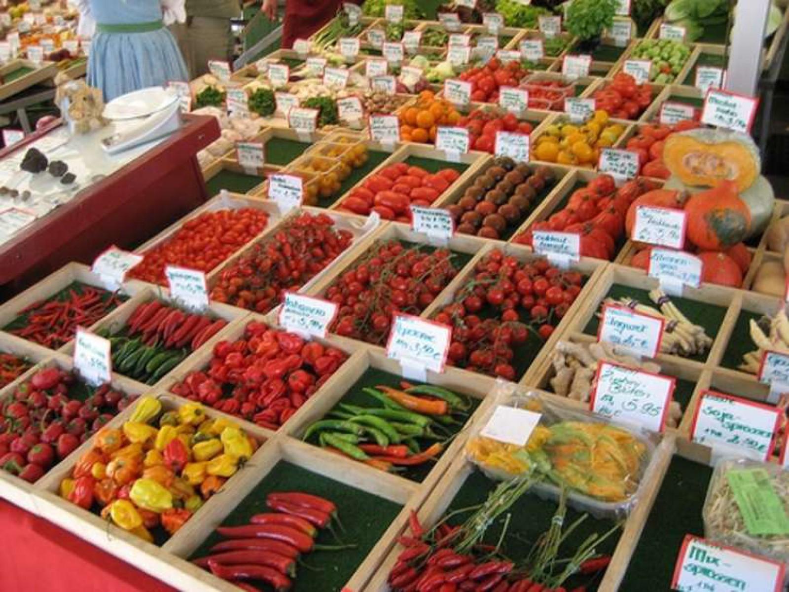 Evoluţia preţurilor de consum în Moldova în decembrie 2017. Roșiile cel mai mult s-au scumpit