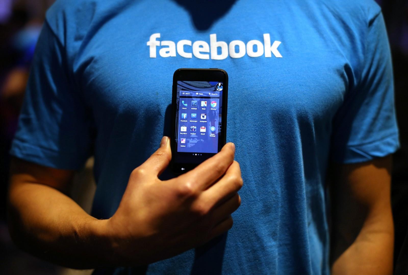 Facebook îi va întreba pe utilizatorii europeni în ce surse de știri au încredere