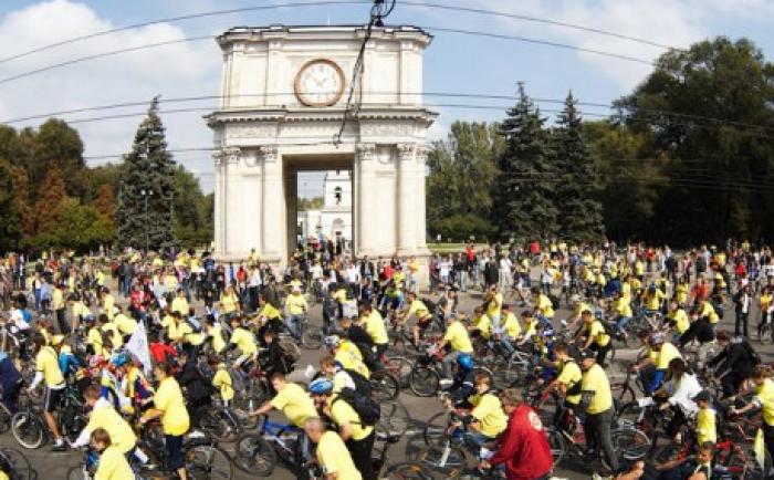 """Festivalul VELOHORA 2012 """"pune stăpânire"""" pe centrul Capitalei"""