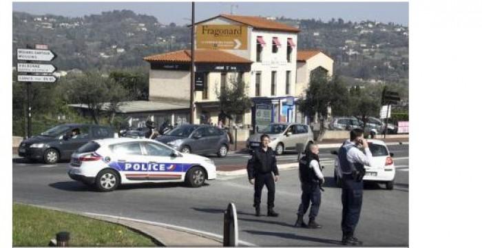 Focuri de armă într-un liceu din Franța. Un elev a tras din pistol, rănind mai multe persoane