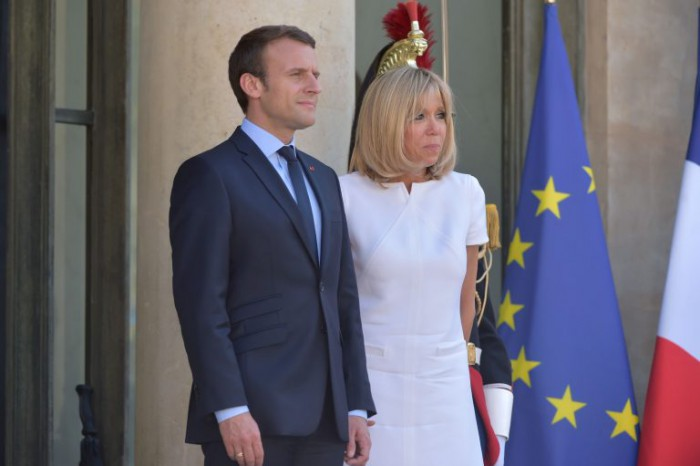 (foto) Brigitte Macron, elegantă la o întâlnire oficială la Palatul Elysée. Cât de bine arată la vârsta de 64 de ani