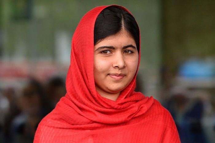 (foto) Câștigătoarea Premiului Nobel și supraviețuitoare a unui asasinat de către Taliban, Malala Yousafzai, și-a început studiile la Universitatea Oxford