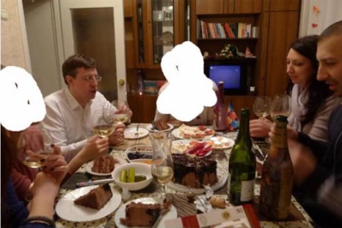 """(foto) Dorin Chirtoacă, la o petrecere privată, de acum patru ani: """"Trebuie să fii mârlan să difuzezi astfel de informații înainte de referendum"""""""