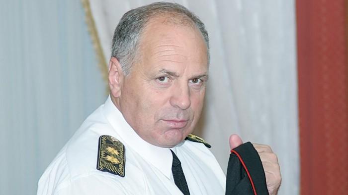 (foto) Fostul ministru de Interne, Gheorghe Papuc, a tamponat un biciclist: Cine este vinovat