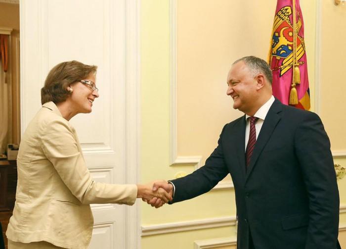 """(foto) Igor Dodon s-a întâlnit cu noul ambasador al Germaniei în Republica Moldova: """"Am rezervat mult timp acestei întrevederi"""""""