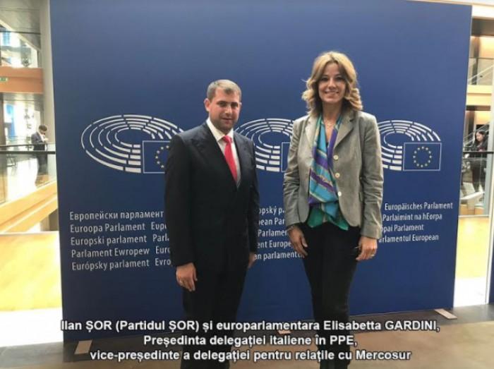 """(foto) Ilan Șor, în vizită la Parlamentul European: """"Le-am prezentat europarlamentarilor dovezi privind abuzurile la care sunt supus în RM"""""""
