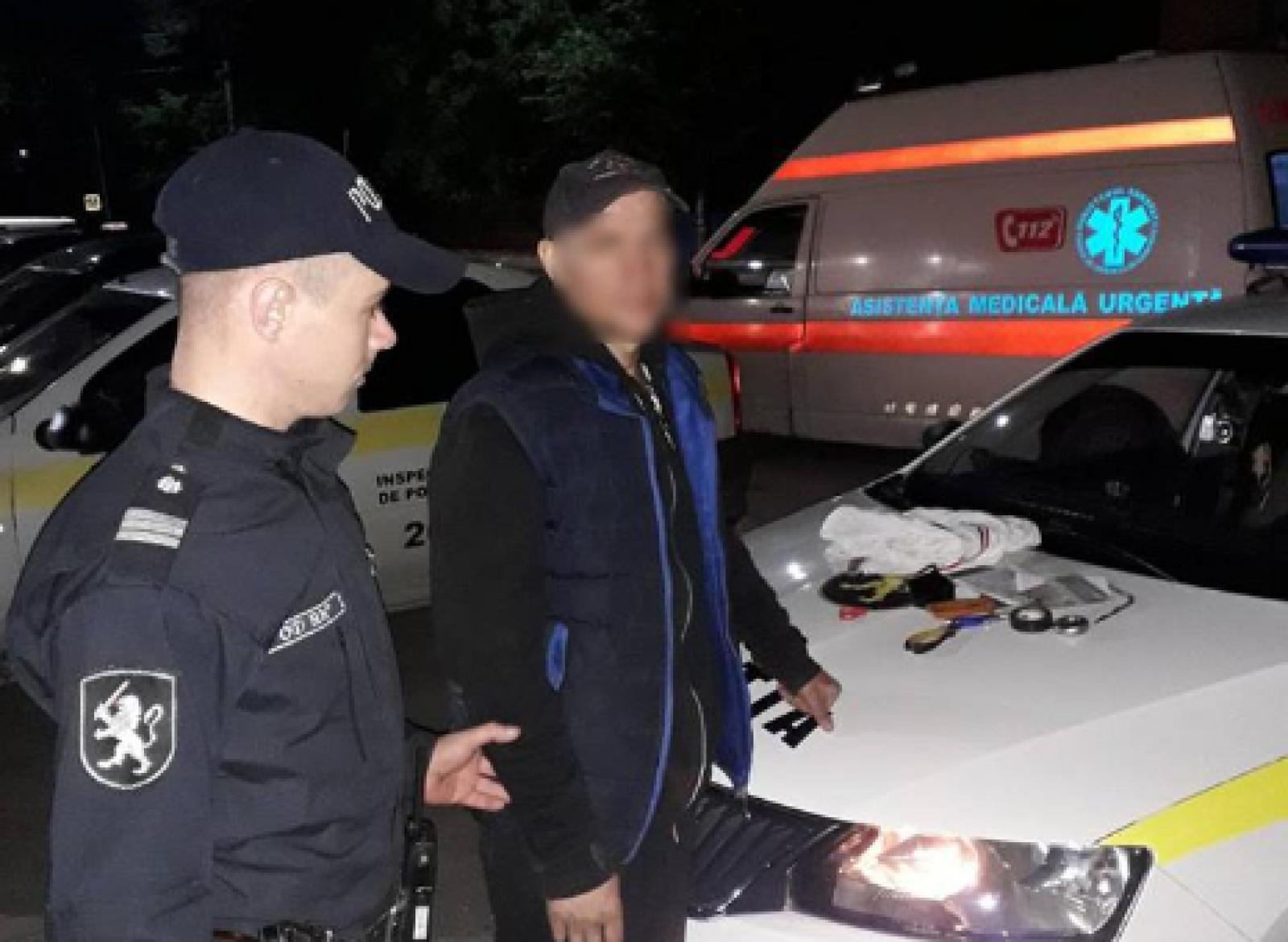 (foto) La un pas de tragedie: Un bărbat din Bălți și-a amenințat vecinul cu cuțitul în urma unui conflict