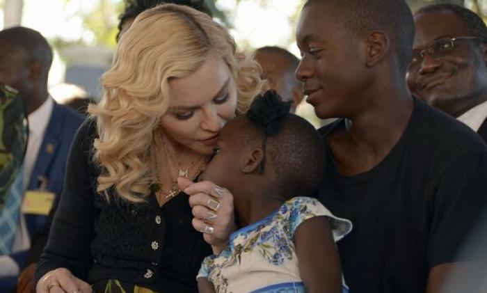 (foto) Madonna a inaugurat un centru de pediatrie în Malawi