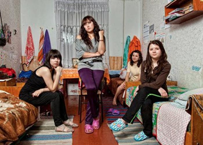 (foto) Moldova într-un proiect fotografic cu interiorul căminelor studențești din diverse colțuri ale lumii