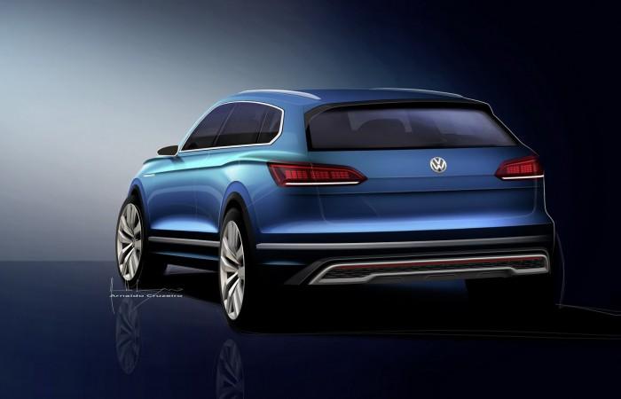 (foto) Noua generaţie Volkswagen Touareg a fost văzută în aceeaşi parcare cu noul Polo